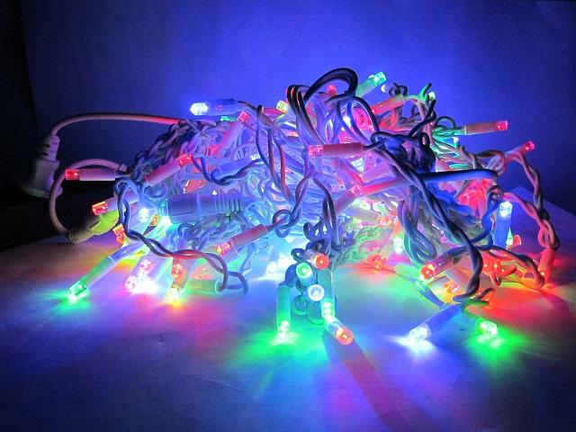 Гирлянда разноцветная 5 м на 0,7 м 120 LED Разноцветная на ПВХ проводе