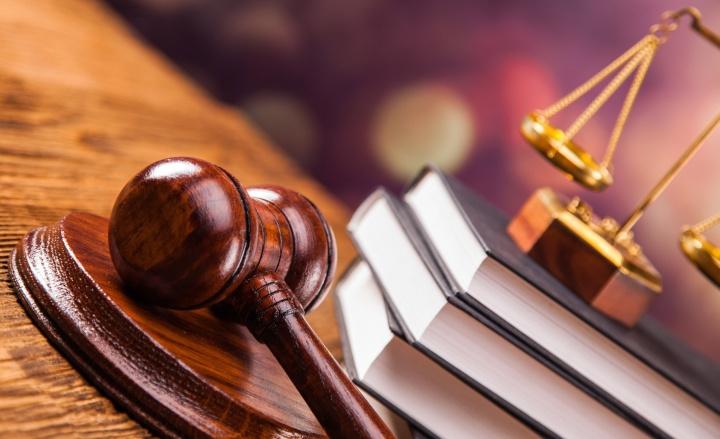 Судебное решение о блокировке счета всегда можно опротестовать в суде высшей инстанции