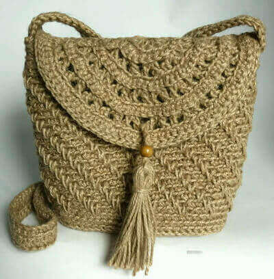 Женская сумка из джута