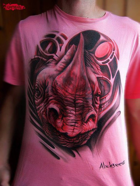 футболка с акриловым рисунком