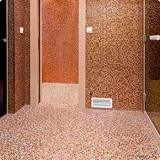 Мозаика с мелким чипом для пола в санузле