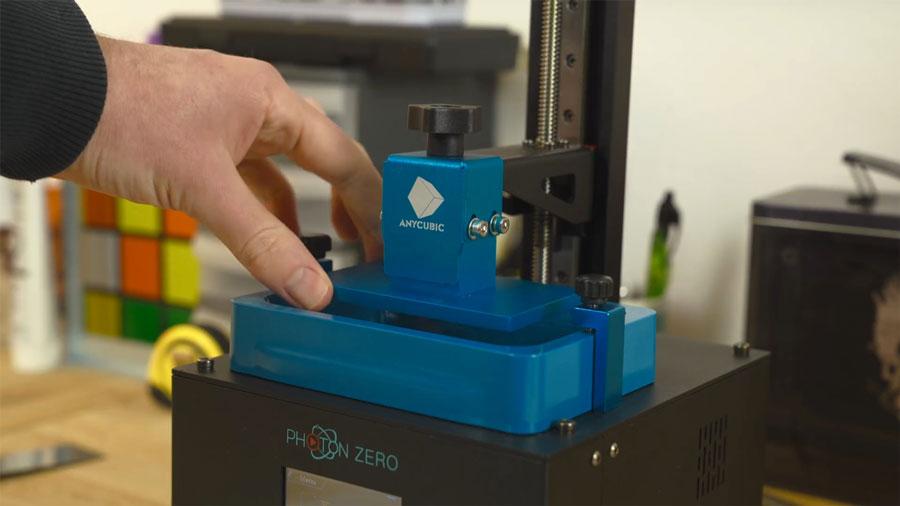 платформа печати и цельнопластиковая ванночка для полимера