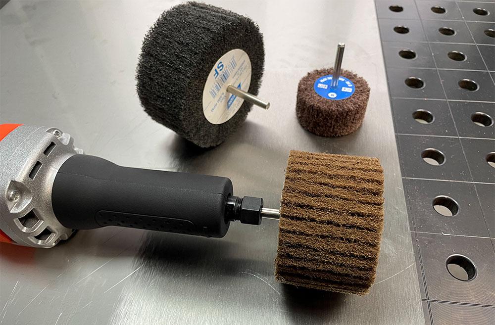 Шлифовальные валики разного размера с шпинделем 6 мм