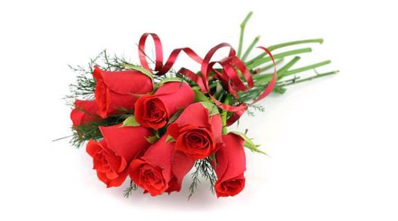 Розы для покупательниц Ред Лайки в честь меджународного женского дня 8 марта