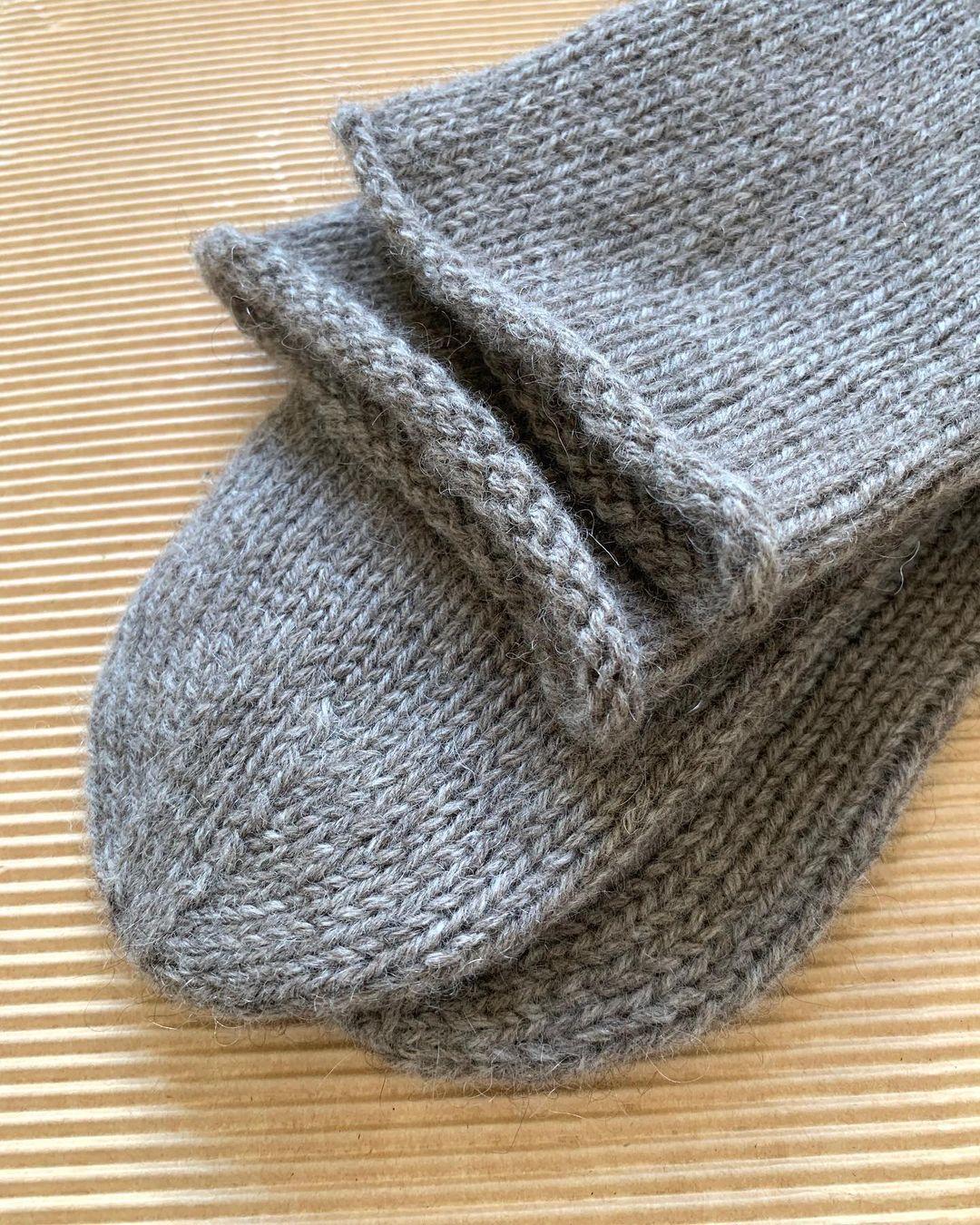 yak socks sarlag yarn