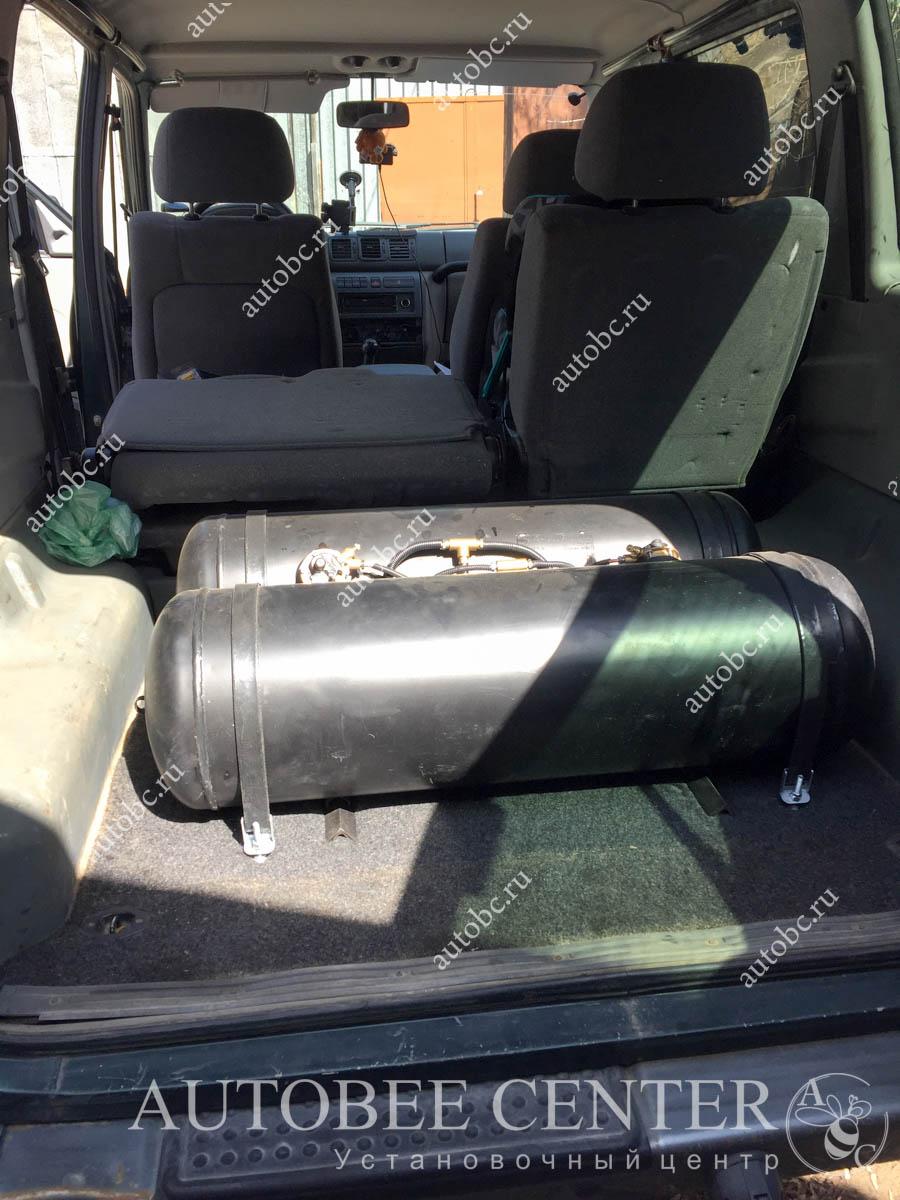 УАЗ Патриот (полка в багажник ГБО)