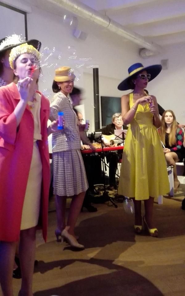 Французский винтажный вечер в арт-центре Exposed
