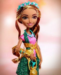 Красавица кукла Джиллиан Бинсток из Базовой серии