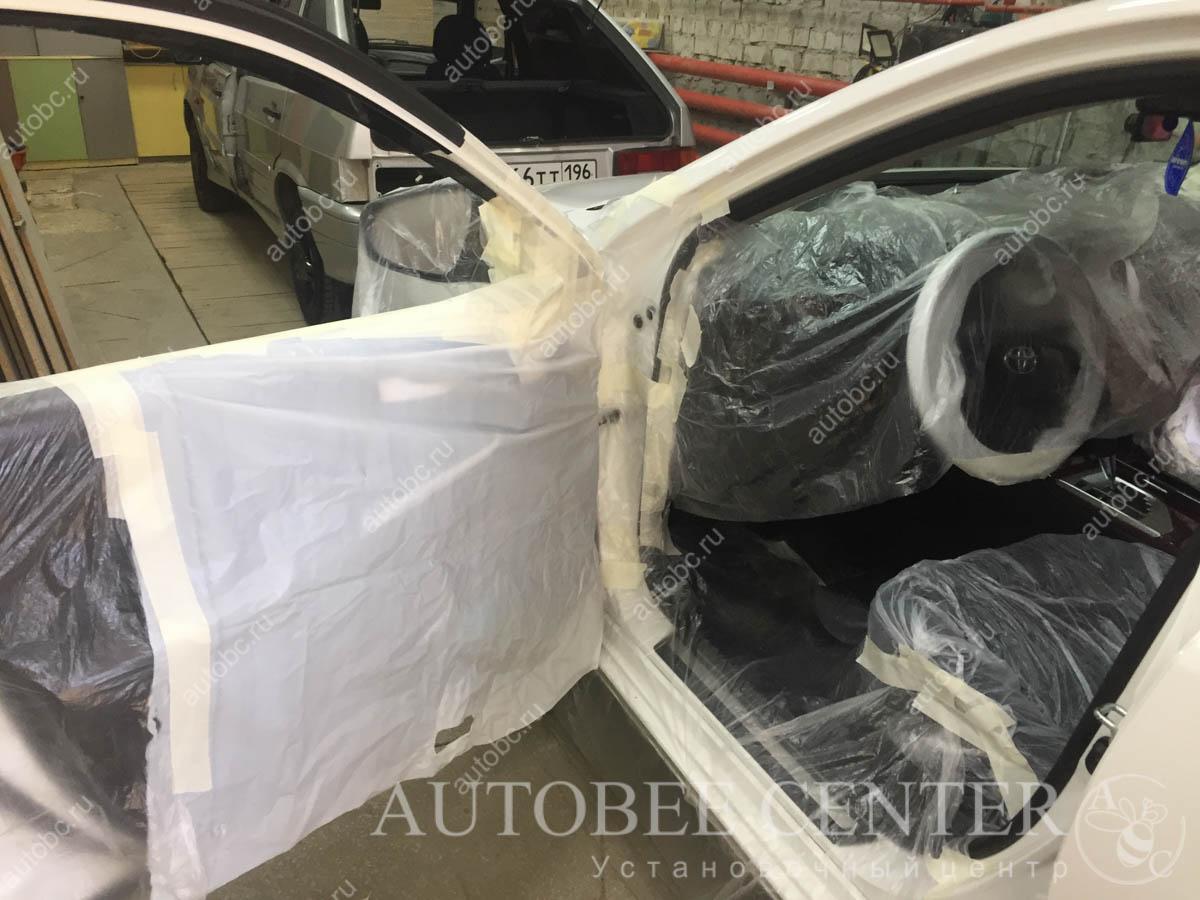 Toyota Camry XV50 (подиумы под пищалки Екатеринбург)