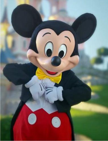 Большой Mickey Mouse в Диснейленде