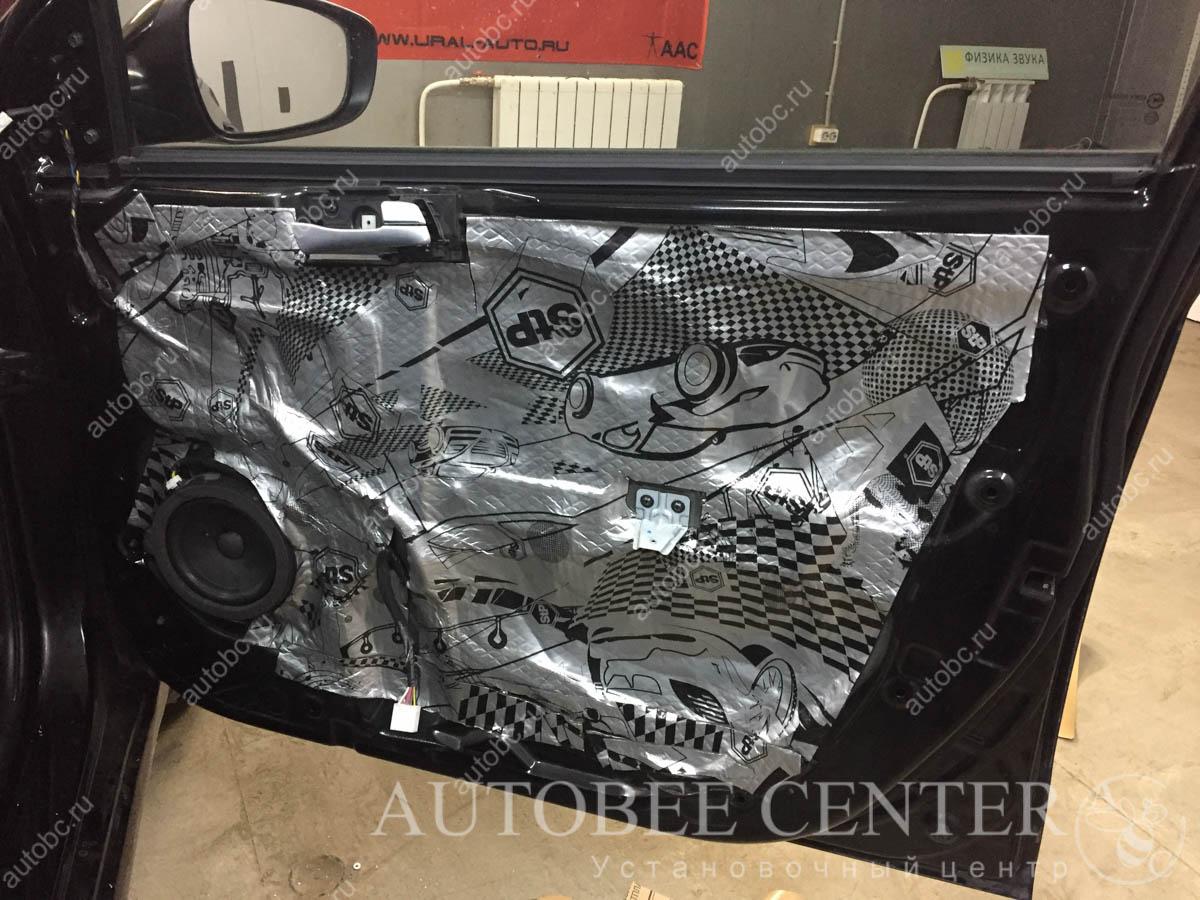 Hyundai Solaris (шумоизоляция дверей)