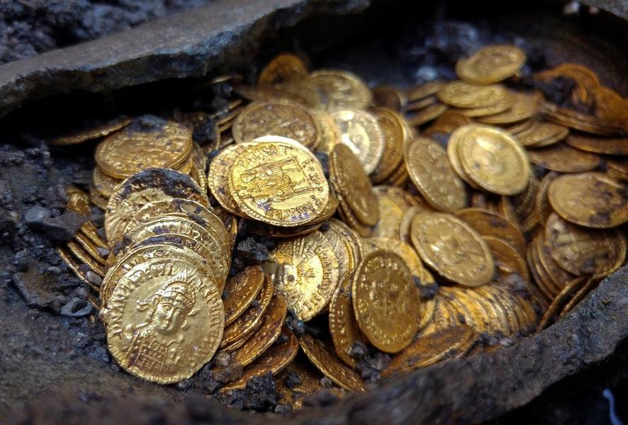 Золотые солиды поздней Римской империи