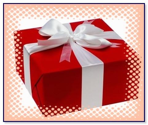 Решили сделать подарок руководителю кожаный бювар. Дорогой, солидный и практичный подарок.Доставка по Москве бесплатно и платно по России.