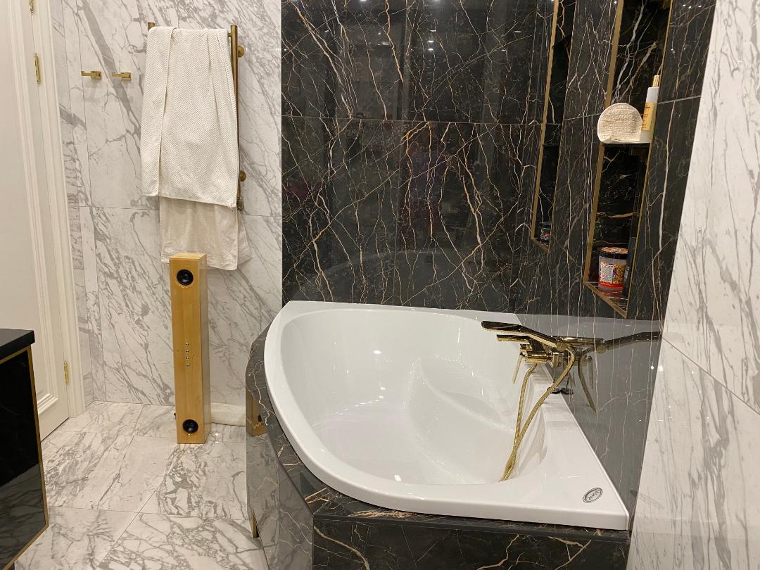 KenMen в ванне