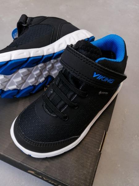 Ботинки Viking купить в модели Spectrum R Mid GTX Black/Blue можно с доставкой по России в интернет-магазине Viking-boots.