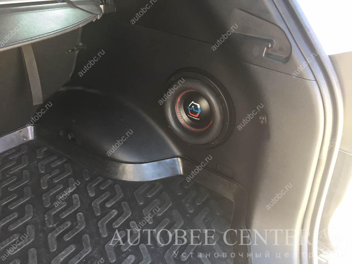 Kia Sportage (изготовление корпуса Стелс в крыло под сабвуфер 8)