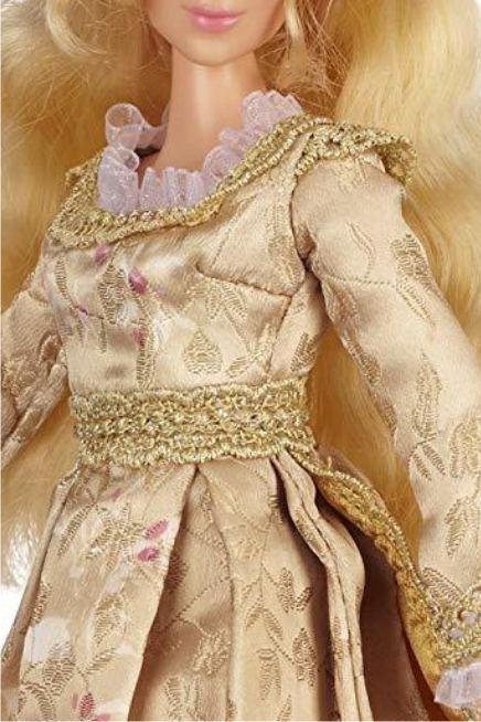 """Кукла Аврора """"Малефисента коронация"""" (крупным планом)"""
