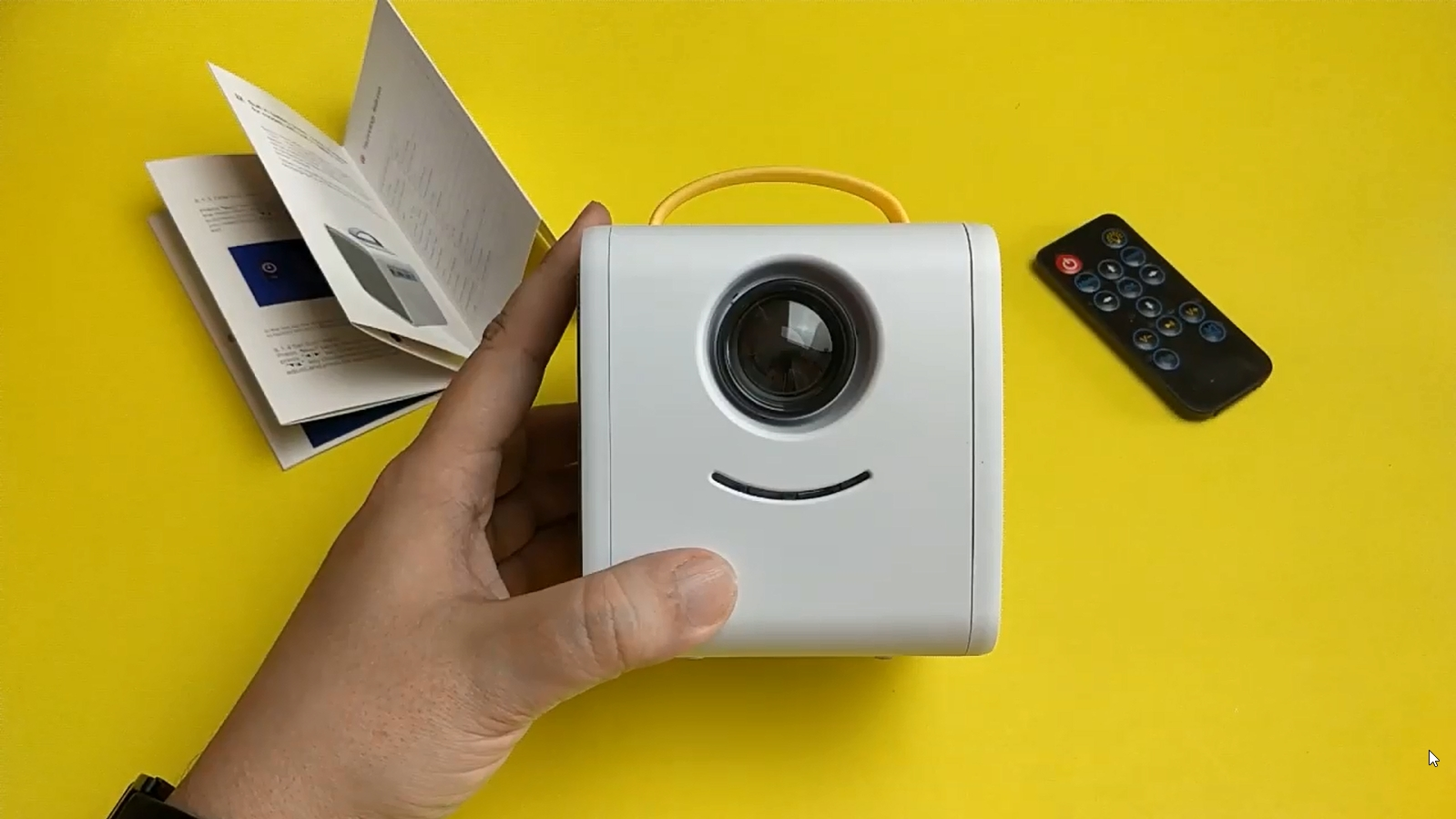 Карманный детский проектор Kids Story Q2