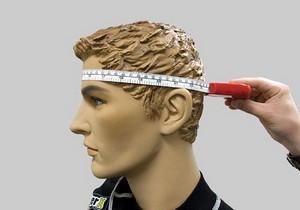 Измерение размера головы при подборе велошлема