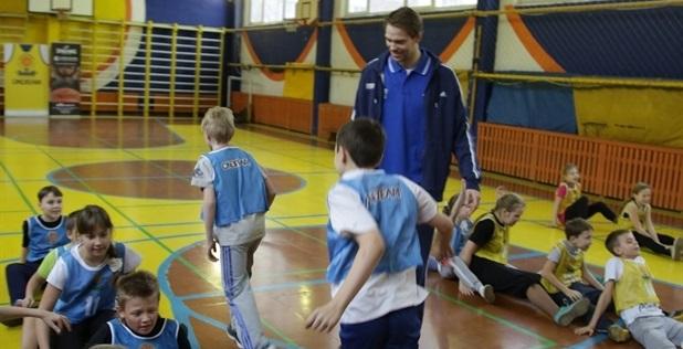 Этот сезон стал вторым для программы One Team в баскетбольном клубе Химки.