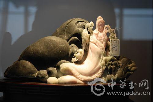 Скульптурная композиция из нефрита