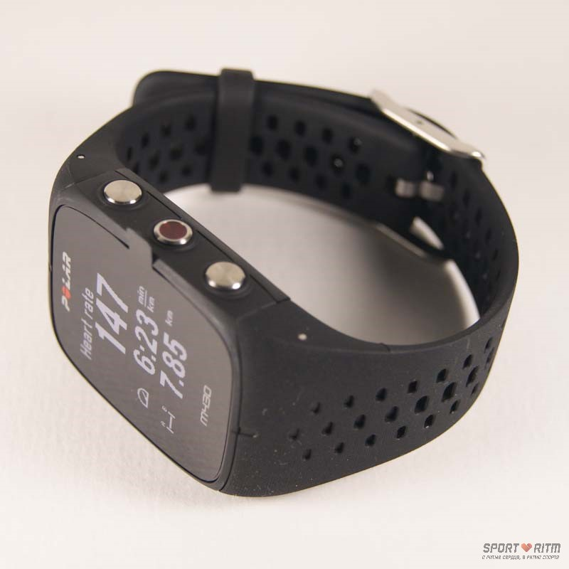 Часы Polar M430 черного цвета