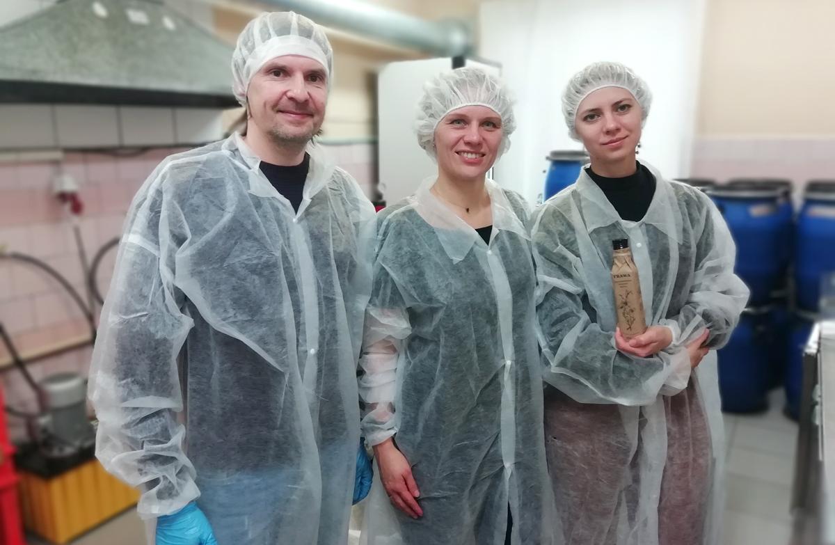 Отдел Качества И-МНЕ на производстве сыродавленных масел TRAWA