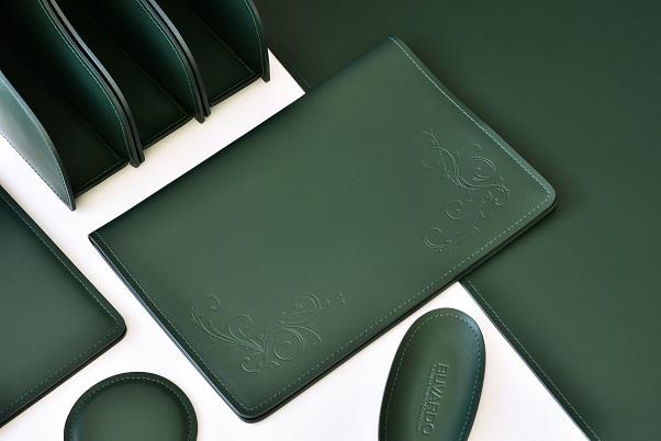 зеленые кожаные корпоративные подарки