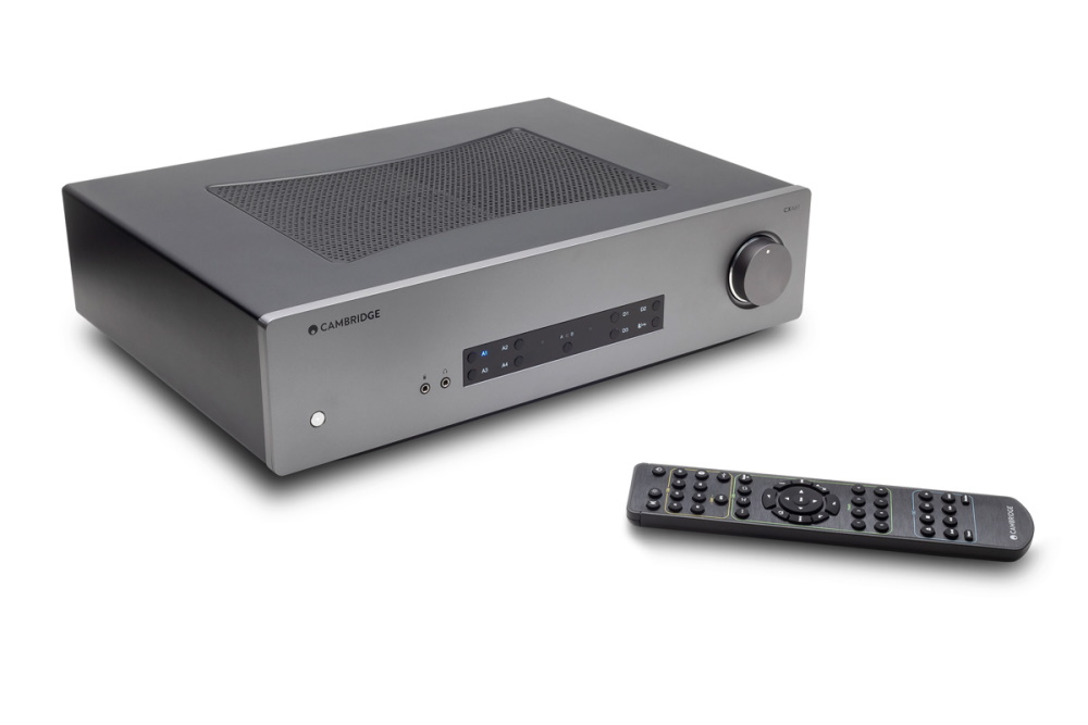 Интегральный усилитель Cambridge Audio CXA61