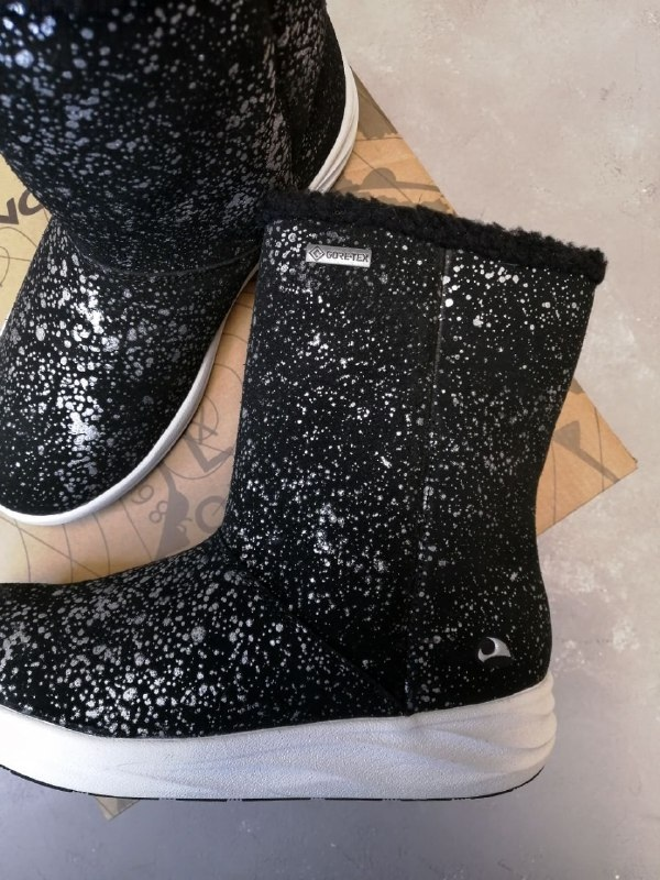 Купить сапоги Viking для девочки в интернет-магазине Viking-Boots можно с доставкой в любой город России