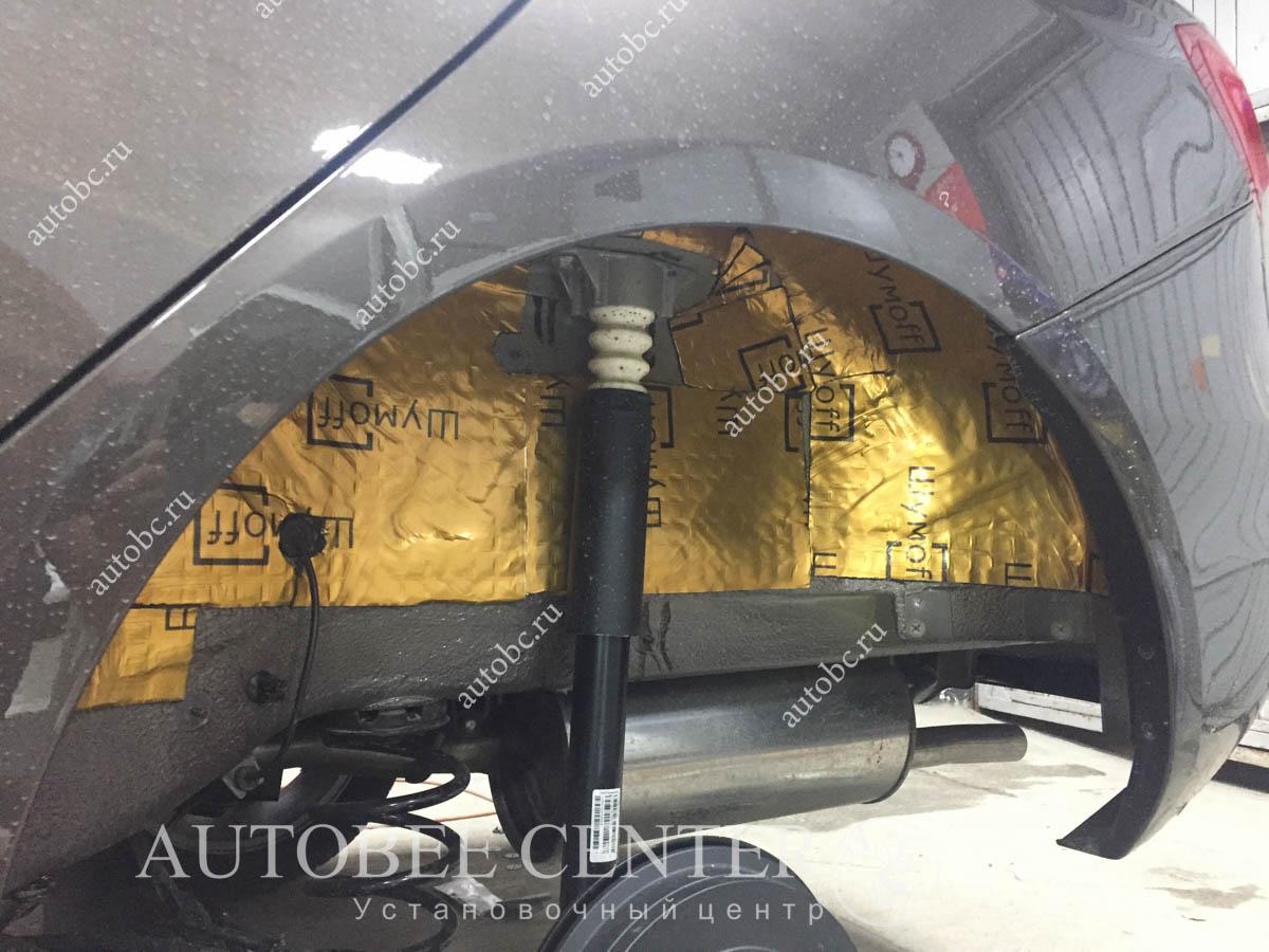 Lada Vesta SW (шумоизоляция арок)