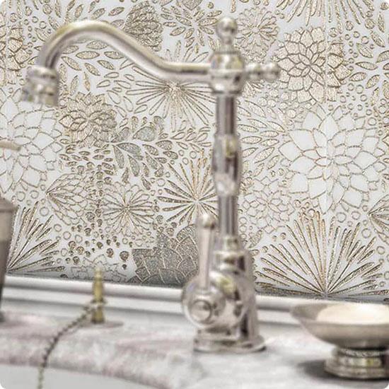 TCAR-04 Эксклюзивная мозаика мрамор Skalini Artistic белый золотой светлый узор цветок