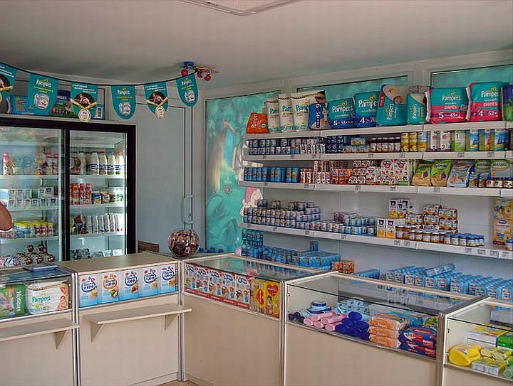 В магазине детского питания обязательно должны быть памперсы