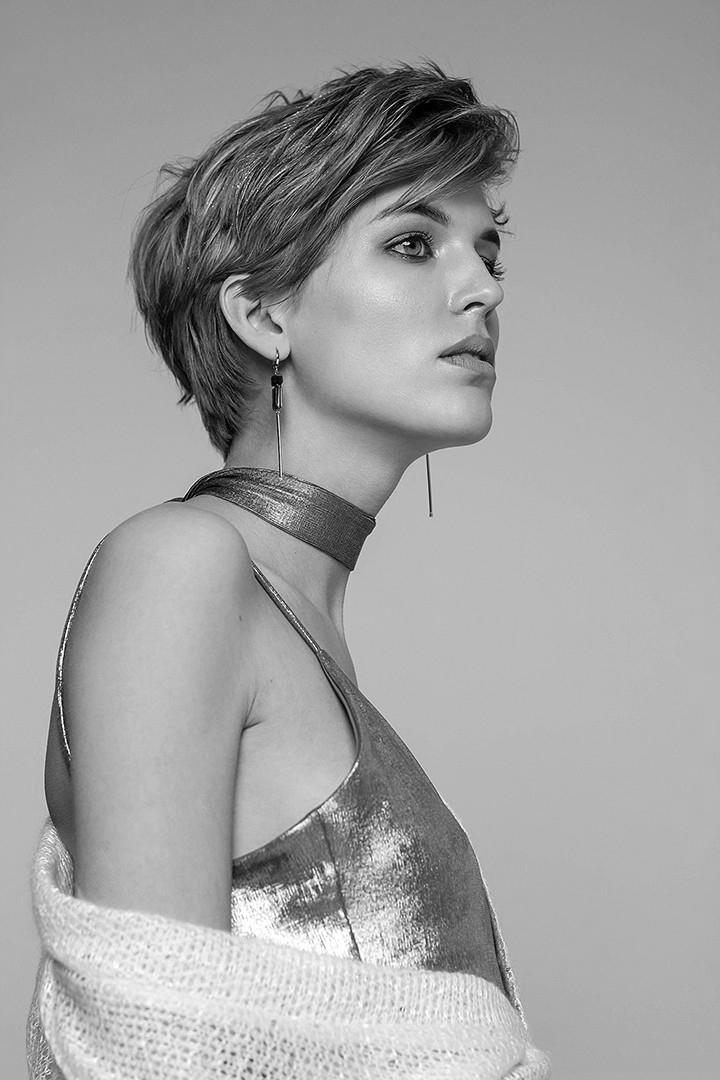 Как носить серьги, Марина Паскуаль