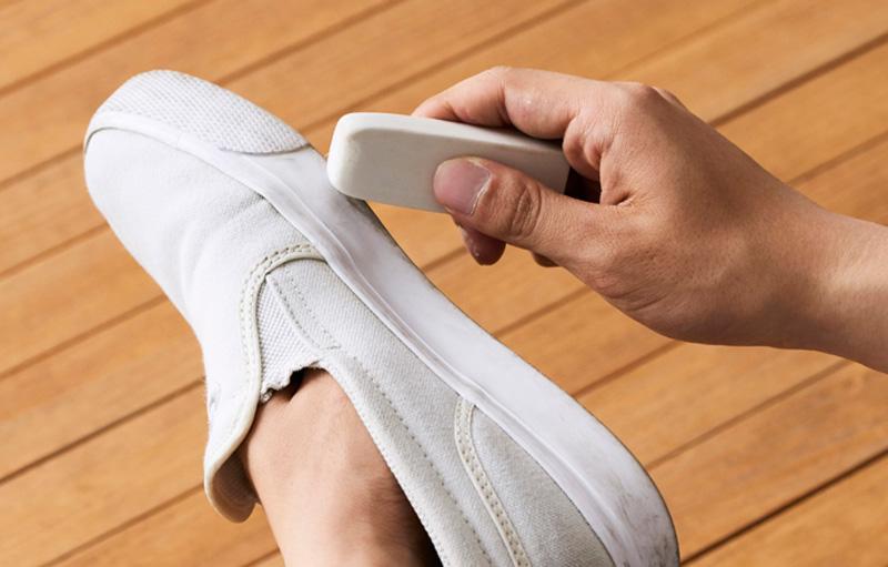 Способы почистить подошву кроссовок - 2