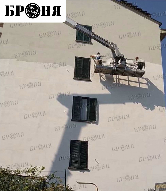Италия. г. Турин. Утепление фасада здания с последующим нанесением граффити