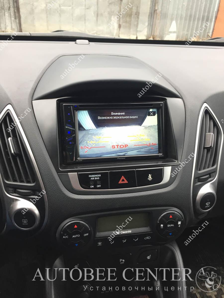 Hyundai ix35 (магнитола 2din и камера)