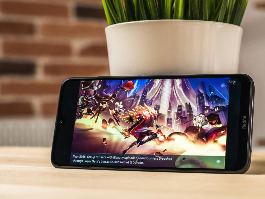 Фото смартфона с игрой.jpg