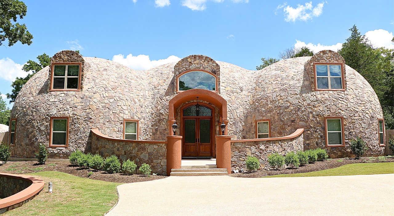 купольный дом наружная отделка камнем