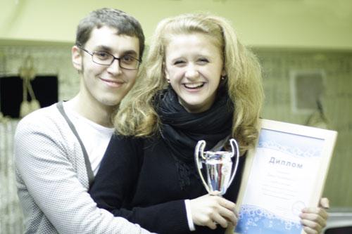 Дарья Предыбайло и Артём Петров  получают Приз зрительских симпатий