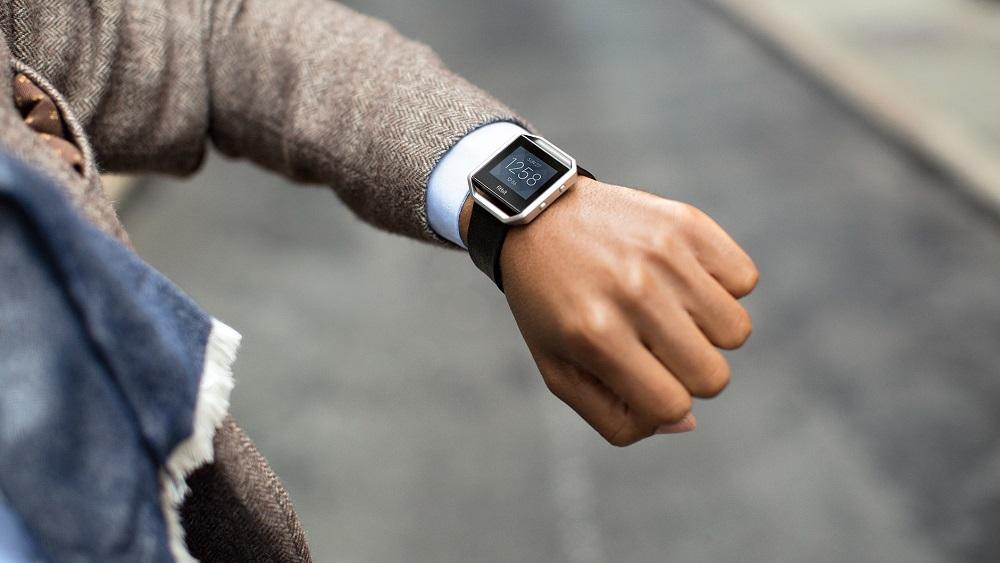 Обзор умных фитнес-часов Fitbit Blaze™ Smart Fitness Watch.