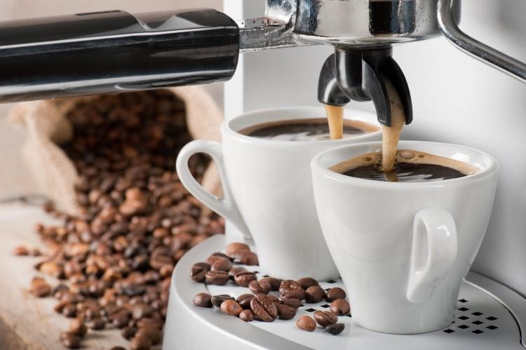 готовый кофе из кофемашины фото