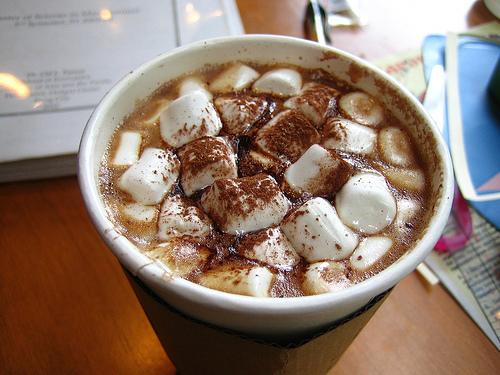 приготолвение кофе с зефиром фото