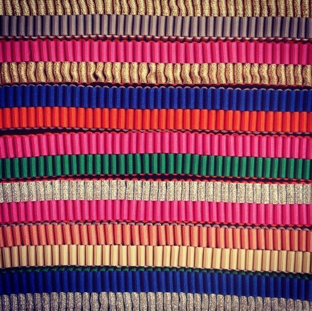 шёлковые текстурированные ленты от Jennifer Loiselle