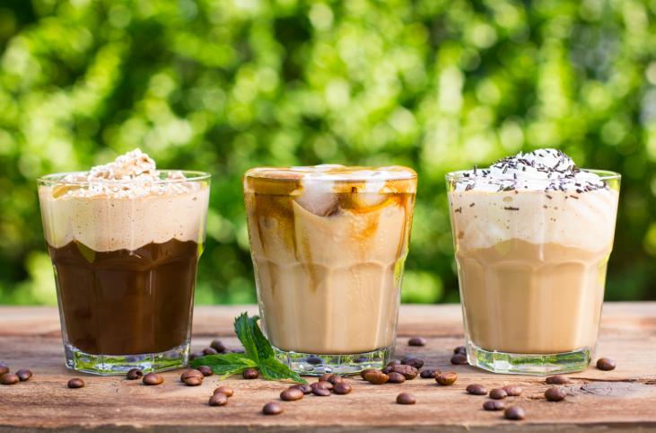 приготолвение холодного кофе фото