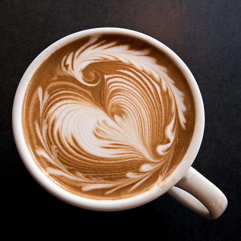 приготолвение кофе допио фото