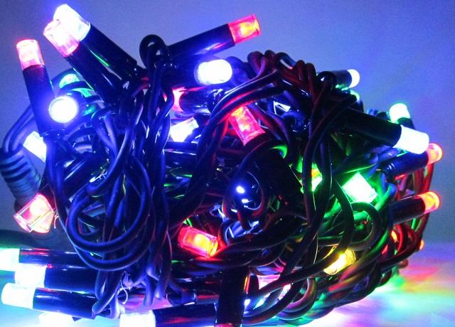 LED гирлянда бахрома на черном проводе 10 метров на 0,7 м