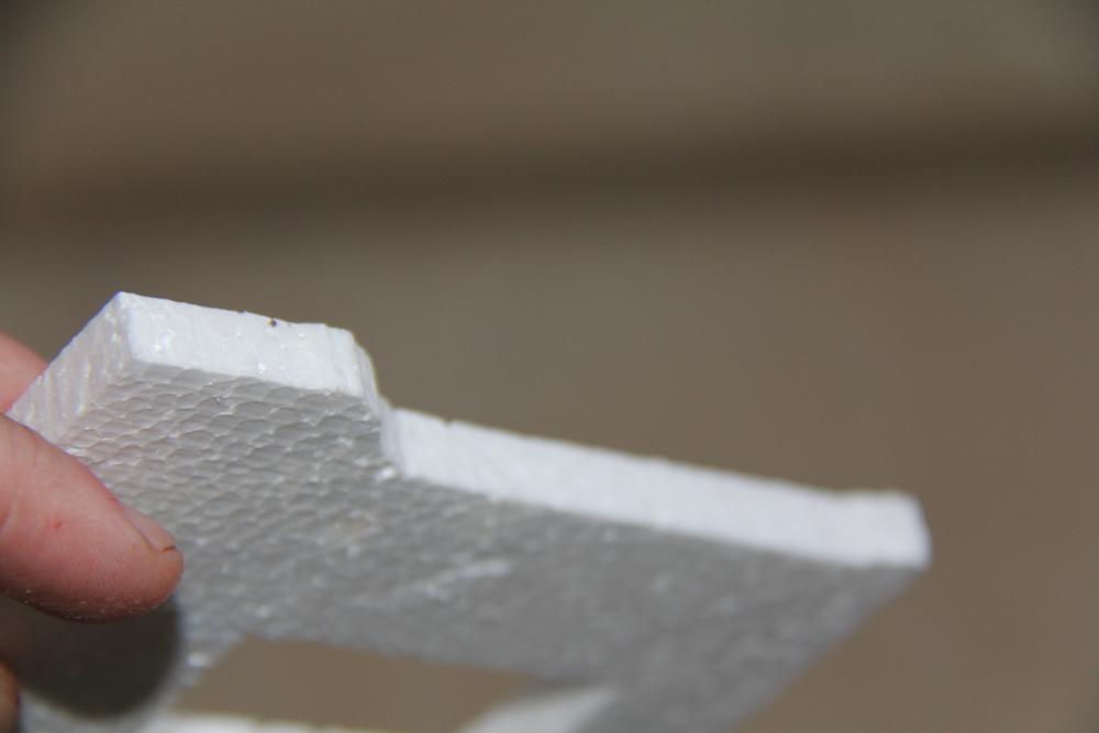 стена макета из пенопласта.