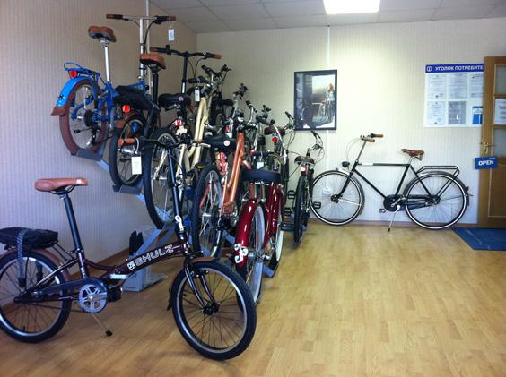 """Зал офиса продаж """"Велосипеды мечты"""""""
