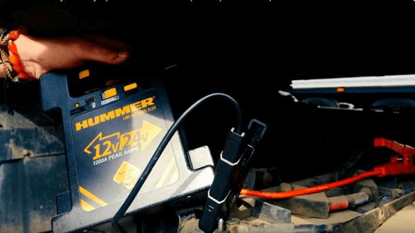 Запуск двигателя пусковым устройством Hummer H24 на 12 и 24 вольта